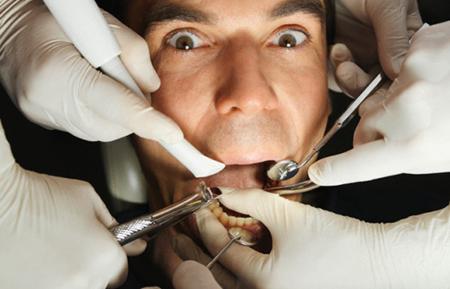 Фото: удаление корней зубов