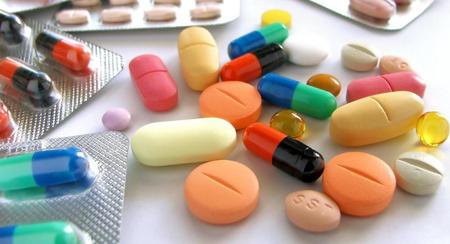 Фото: таблетки после удаления зуба