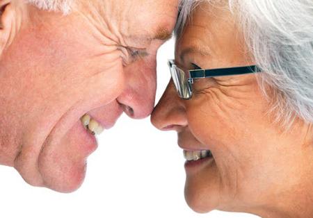 Фото: зубопротезирование для пенсионеров