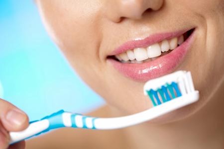 Фото: отбеливающая зубная паста