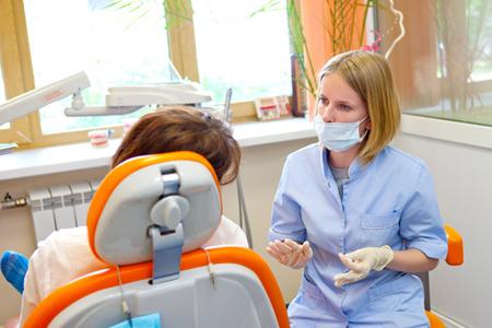 Фото: что делать после удаления зуба