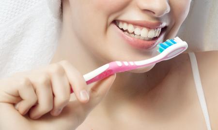 Фото: зубные пасты от воспаления десен