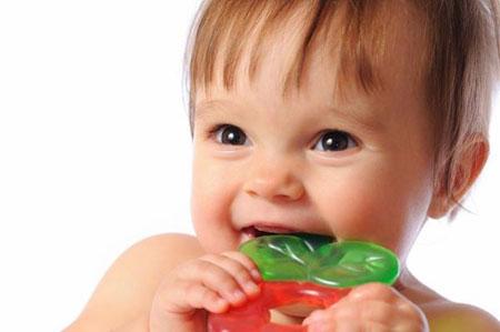 Фото: ребенку 9 месяцев нет зубов