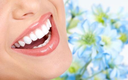 Фото: как вылечить зуб в домашних условиях