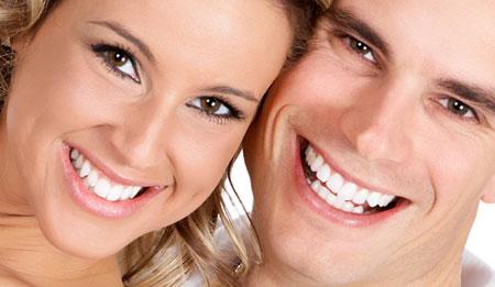 Фото: как выровнять зубы без брекетов