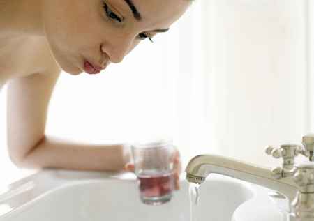 Фото: чем полоскать рот при стоматите