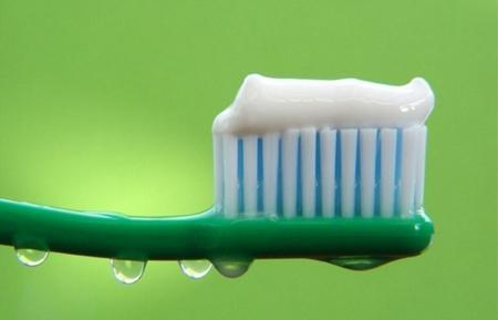 Фото: японская зубная паста