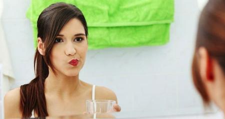 Фото: чем полоскать рот при зубной боли