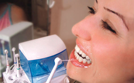Фото: стационарный ирригатор полости рта
