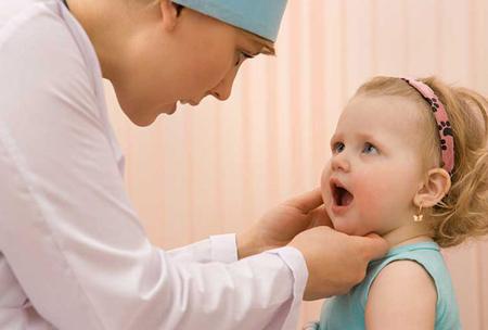 Фото: лечение стоматита у детей