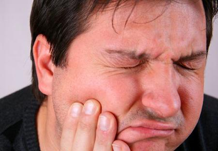 Фото: воспаление надкостницы челюсти