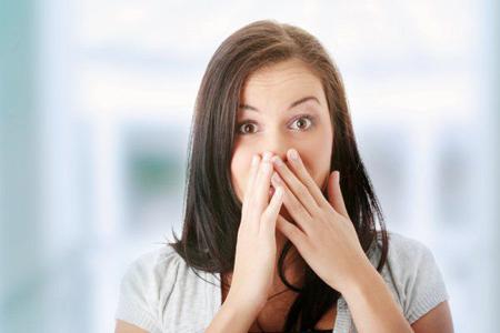 Фото: почему крошатся зубы