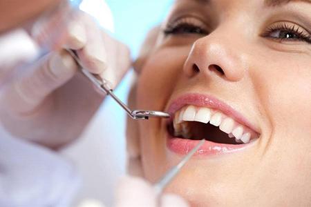 Фото: реставрация зубов