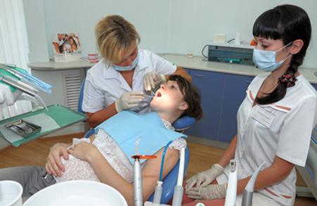 Фото: лечение зубов во время беременности