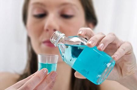 Фото: ополаскиватель для полости рта