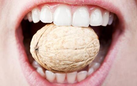 Фото: крепкие зубы